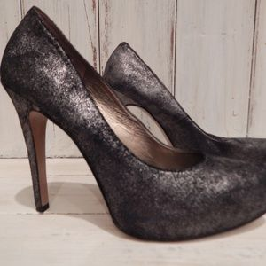 BCBG Silver Charcoal Metallic Size 8 Heels #2205